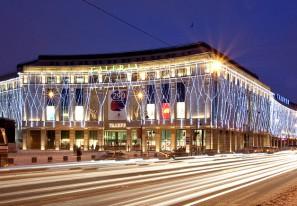 Галерея — коммерческий комплекс с многоярусной автостоянкой, Санкт-Петербург